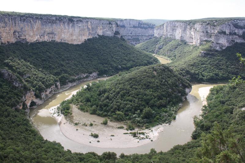 méandre encaissé des gorges de l'Ardèche